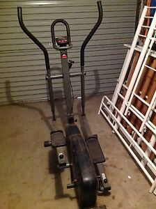Cross trainer. Craigmore Playford Area Preview