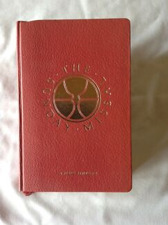 The Sunday Missal. Sunday Masses for the Three Year Cycle