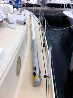 yacht mainsail boom