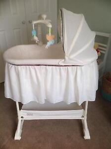 Baby Bassinet Shell Cove Shellharbour Area Preview