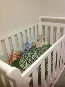 Baby Cot and mattress - as new Morningside Brisbane South East Preview