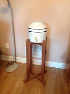 Ceramic water dispenser with wooden stand included