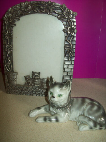 CAT Picture Frame & Figurine