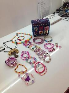 Girls jewellery set and box Clarence Town Dungog Area Preview