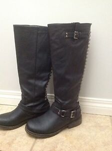 Ladies size 6.5 riding boots