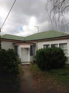 House badajos st. Ross. Ross Northern Midlands Preview