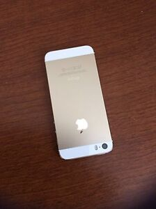 IPhone 5S. 16GB. Gold. Bell