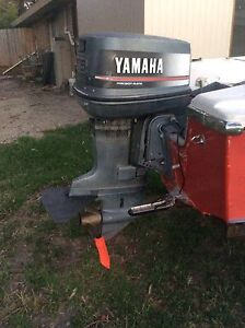 Yamaha outboard engine (parts only) Langwarrin Frankston Area Preview