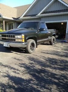 1990 CHEVROLET PICK UP TRUCK STREET ROD $20000 invested