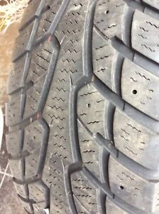 215/60R16  SUNFULL winter tire only 1 (studdable) 50% used