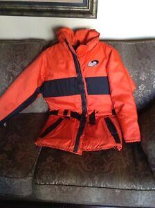 Nautilus floater jacket