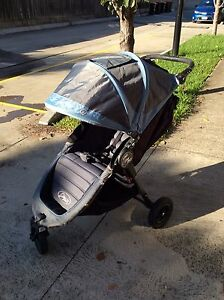 Baby jogger city mini GT 0+, optional with baby bed and puj bath tub Brunswick West Moreland Area Preview