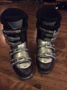 EUC Nordica BSX ski boot 25.5