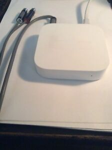 Apple Airport Express 2nd Generation & Griffin Optical Cord