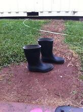 Man boots size 9 Cairns Cairns City Preview