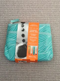 Solace mineral spa travel bag gift set