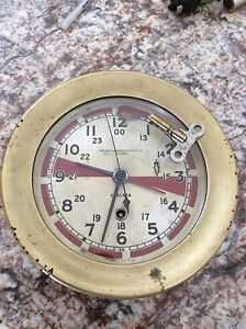 WW 11  Ships Radio Room Clock