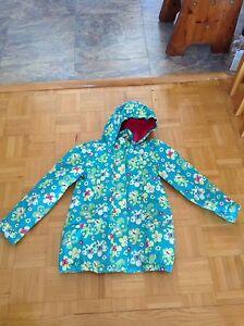 Manteau quasi neuf taille 7 ans