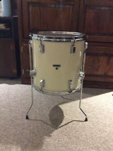 "West bury 14"" floor tom"