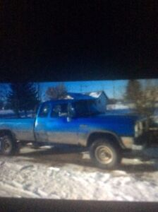 Parting out trucks 4033028617