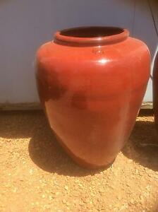 Red glazed urn Wattle Grove Kalamunda Area Preview