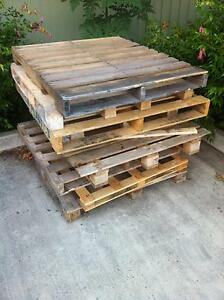 Wooden Pallets FREE Maleny Caloundra Area Preview