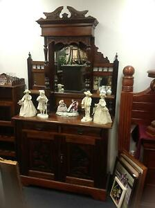 Stunning vintage display cabinet buffet Ashmore Gold Coast City Preview