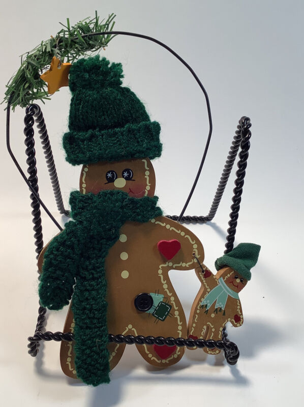 """Wooden Gingerbread Man and Kid Wearing Hats & Scarfs 9"""" Decoration"""