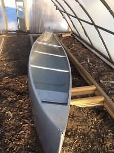 17 foot Grumman canoe