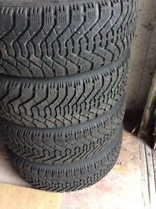205/65/15 - 4x winter tires on rims Goodyear Nordic - used
