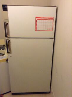 Westinghouse Super Huge!!! Frost Free Fridge/Freezer Wellard Kwinana Area Preview