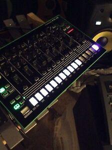 Roland Tr8 Drum Machine (expansion pack)