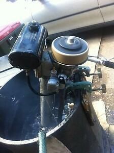 outboard motor 4hp seagull  long shaft Good condition Gosford Gosford Area Preview