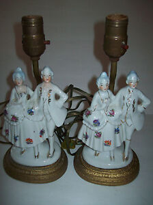 Pair-of-Vintage-Porcelain-Table-Lamps-Colonial-Dress-Woman-Man-on-Metal-Stand