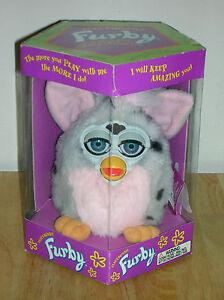 Vintage-1998-Tiger-Electronics-Model-70-800-Electronic-Furby-Doll-a