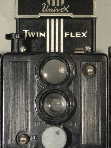 Nice Universal Univex Twinflex Bakelite Circ 1939 Miniature TLR Camera