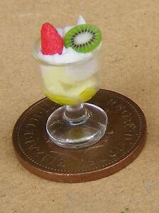1-12-Scale-Vanilla-Fruit-Ice-Cream-Sundae-Dolls-House-Miniature-Accessory-I38