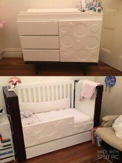 Designer Nursery Works Aerial Cot Bed, matching Change Table & Bedding