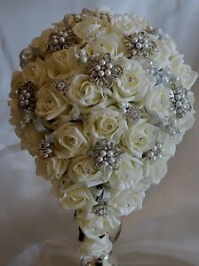 Brides Ivory Teardrop Crystal Diamante Vintage Brooch Wedding Bouquet