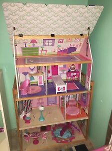 Doll House In Perth Region Wa Toys Indoor Gumtree