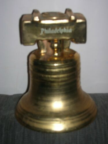 VTG PHILADELPHIA BLENDED WHISKY BOTTLE HANDCRAFTED 22K Gold 200th BIRTHDAY