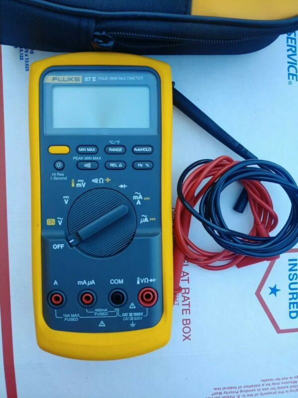 Fluke 87 V True RMS Multimeter W/ leads & carrying case (Excellent Condition)