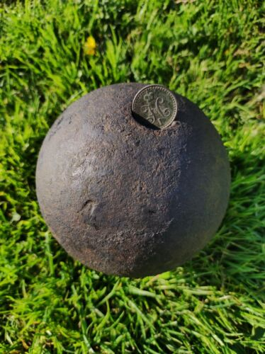 320years old antique piggy bank vintage cannonball 3.8 kg(8 lb) 12cm(4.60 inch)