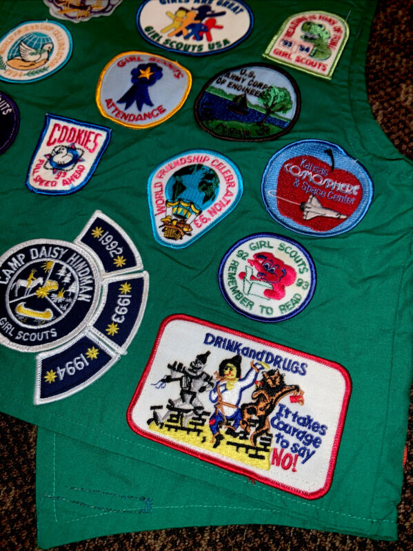 Vintage 90's Girl Scouts 25 Patches Vest Girl