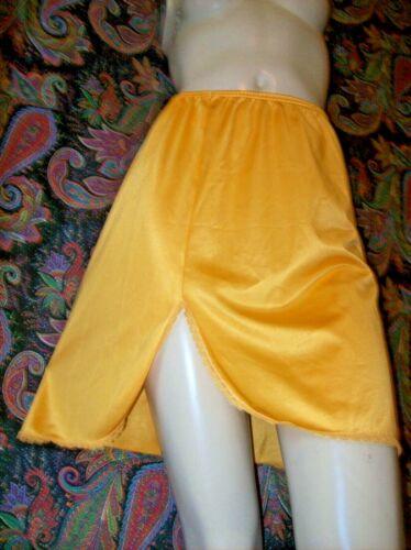 "Vintage USA Sunshine  Nylon A-line Slit Half Slip S 20"""