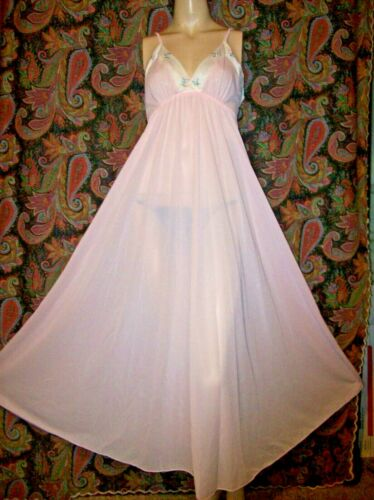 Vintage Pink Silky Nylon Tricot Empire wide Sweep Nightgown Nighty Lingerie S/M