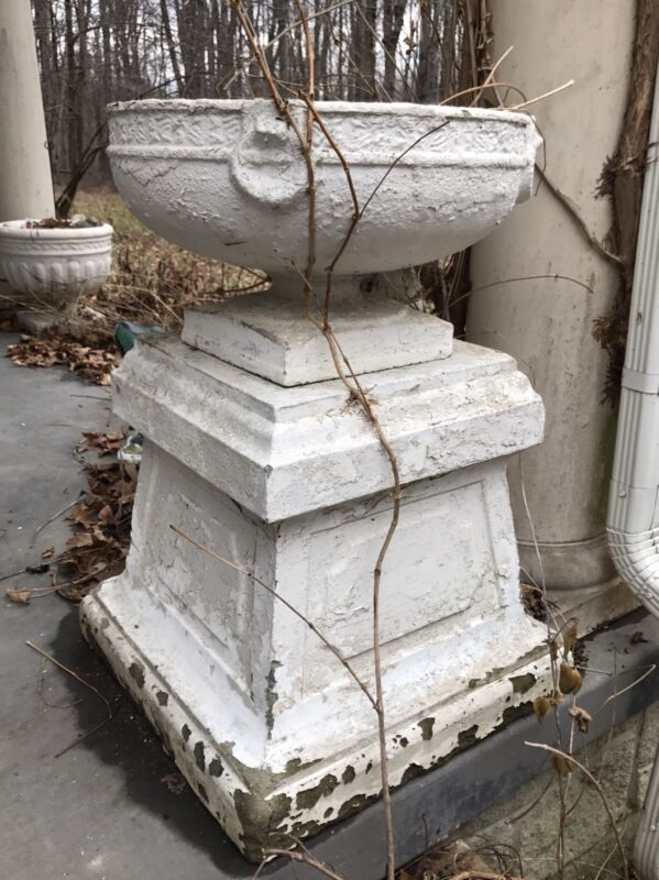 VTG ANTIQUE WHITE URN PLANTER-PEDESTAL GARDEN CONCRETE STATUARY-ORNAMENT-OHIO