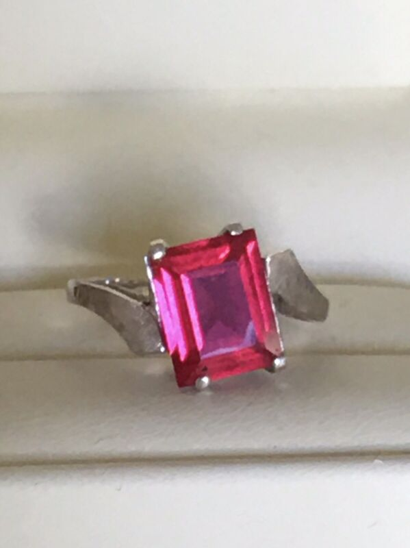 Sz 6.5 Solid 10K Estate White Gold RING Ruby Red Stone Vintage 3.3g