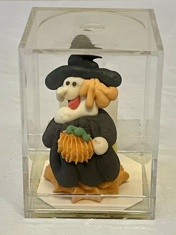 """Vintage 1987 Kencraft Bubblegum Buddies 2"""" Witch in plastic case"""