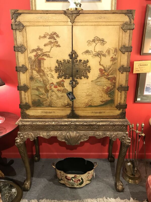 18th Century George I Coromandel/Chinoiserie Cabinet on Stand